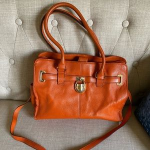 Calvin Klein Burnt Orange pebbled leather Purse🍑
